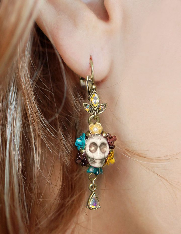 Skull Earrings, Sugar Skull Earrings, Dia de los Muertos Earrings, Day of the Dead Earrings, Day of the Dead Jewelry, Skull Jewelry E241